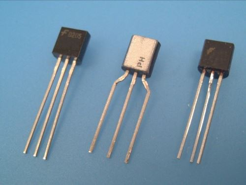 78L09 Stabilizátor L78L09ABZ